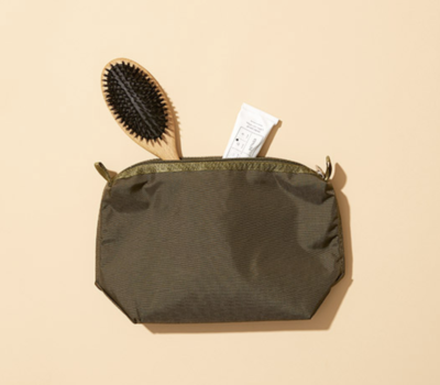 ARKET: Large Toiletry Bag